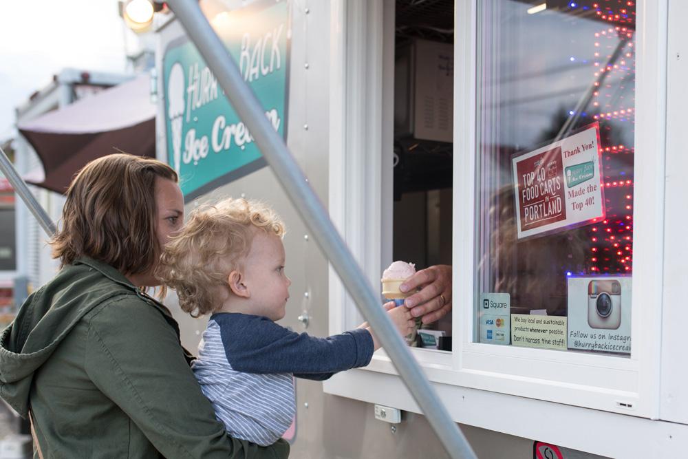 Portland documentary family photography - Portland food cart pod