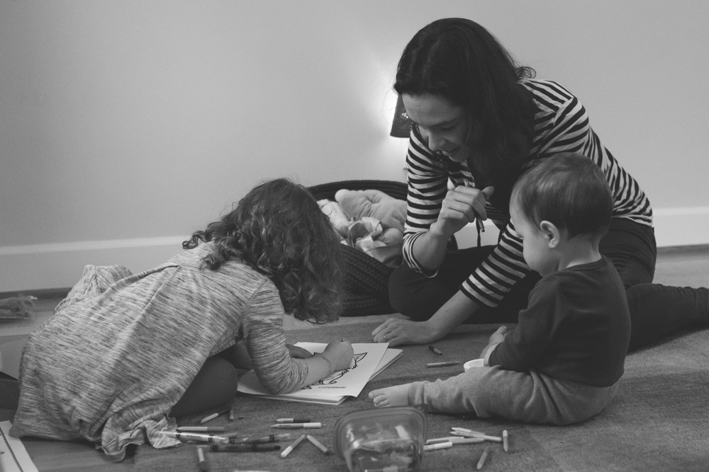 Portland documentary family photography - coloring